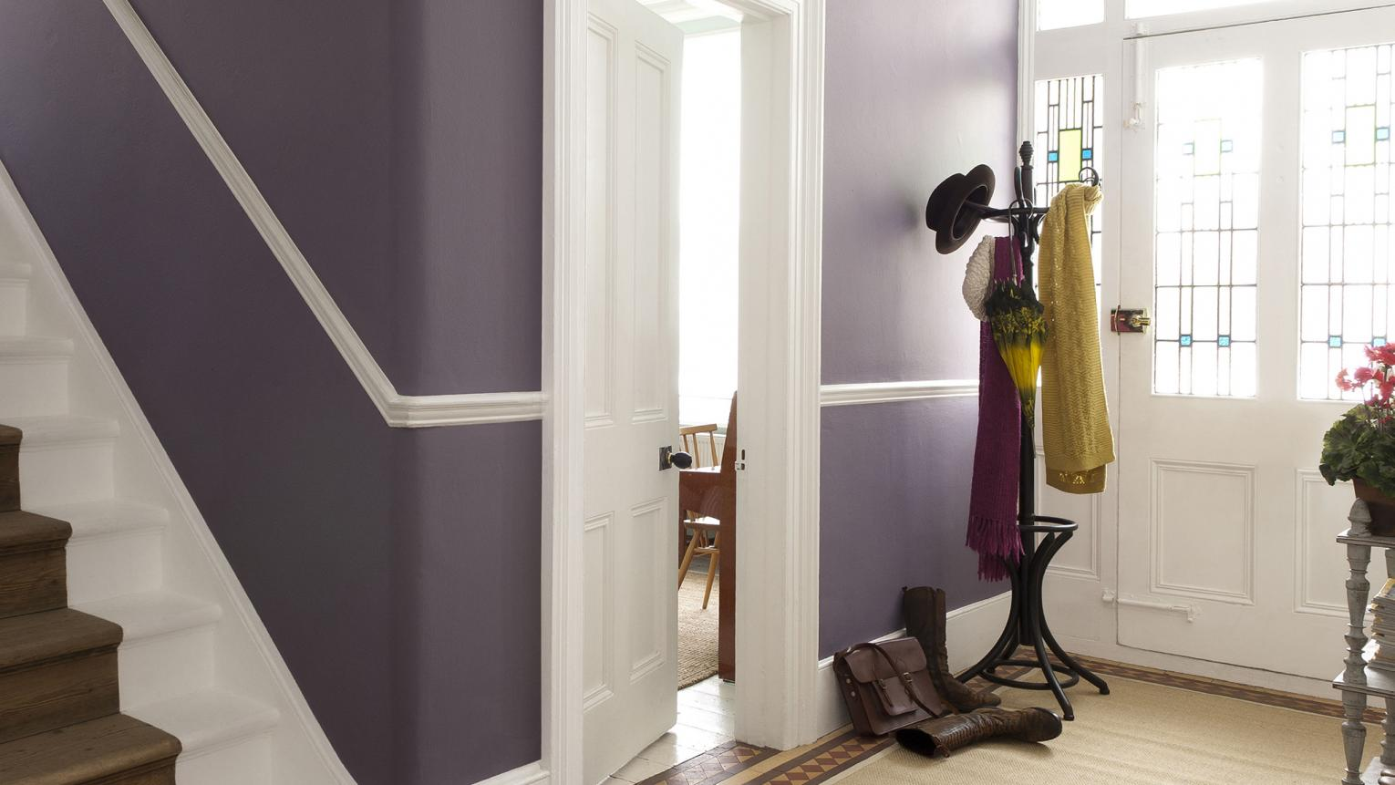 Change your corridor into the main attraction with spectacular purple.