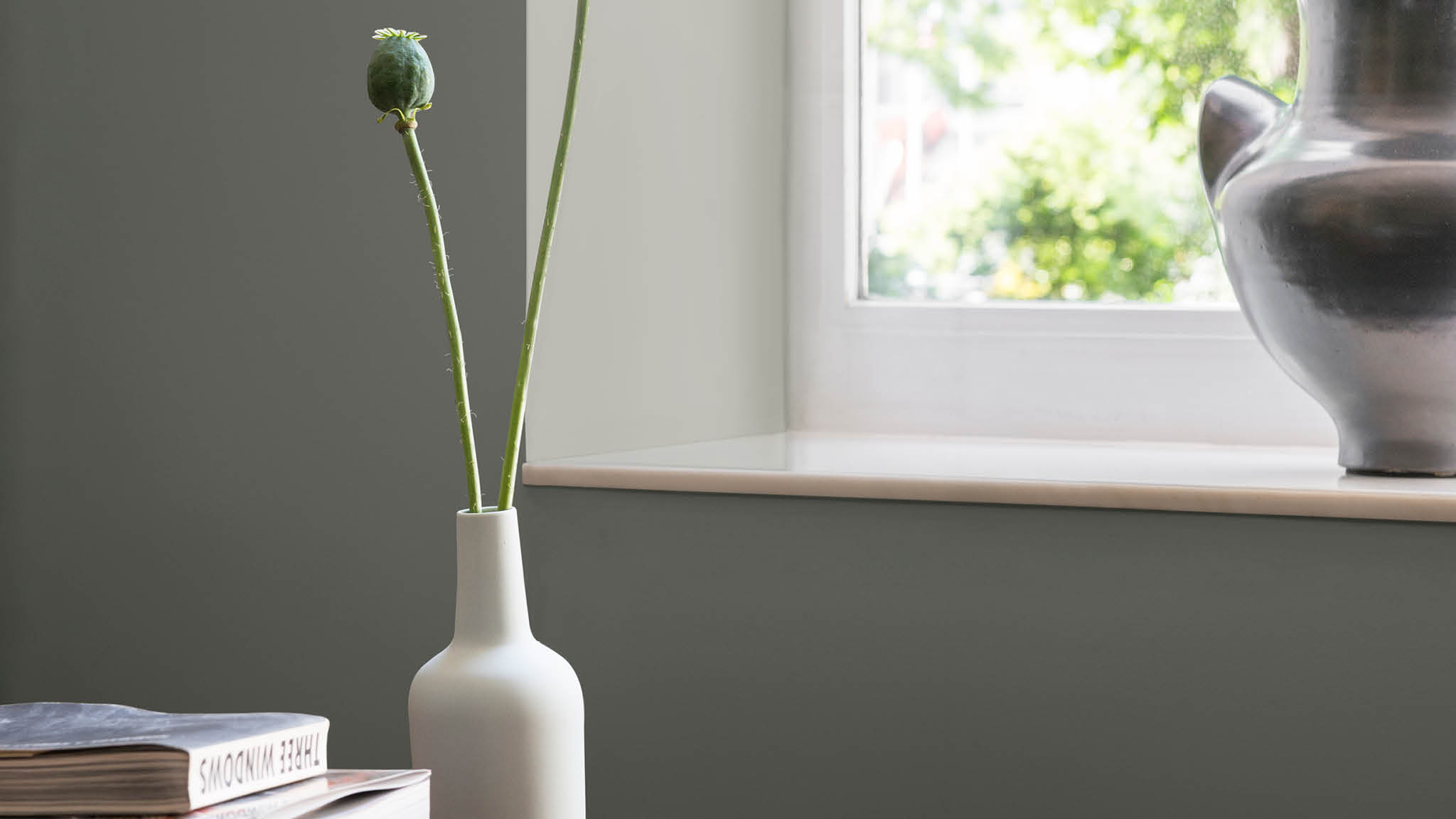 Matt and flat matt emulsion is smooth and velvety making it suitable for most interior walls.